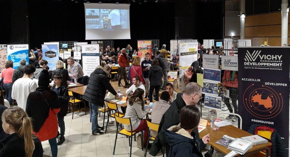 """Participation des Transports Thévenet au Forum """"Au fil des Métiers"""" (10/02/2020)"""